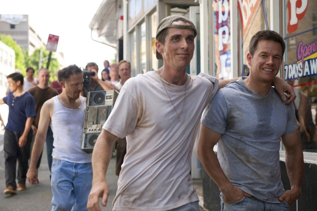Chistian Bale en Mark Wahlberg als broers in The Fighter