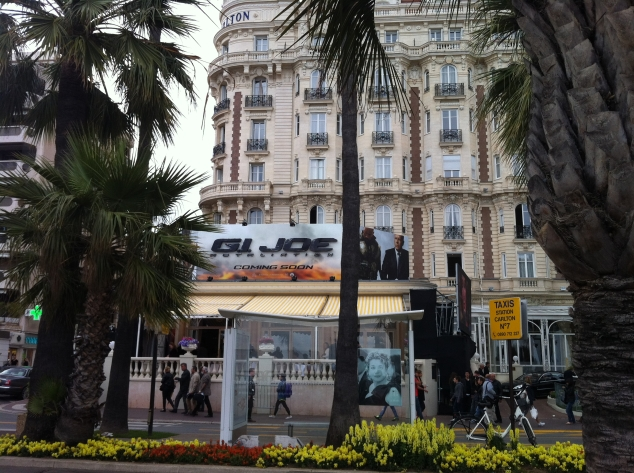 GI Joe en Catherine Deneuve bij Carlton in Cannes