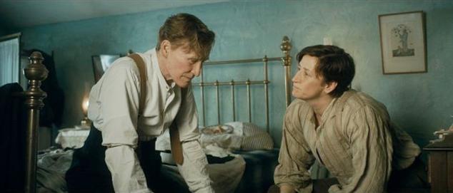 Glenn Close en Janet McTeer in Albert Nobbs