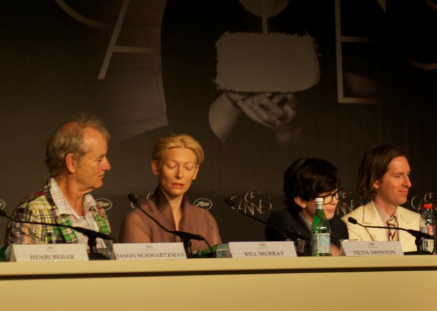 Bill Murray, Tilda Swinton, Jared Gilman en Wes Anderson bij de persconferentie in Cannes voor Moonrise Kingdom