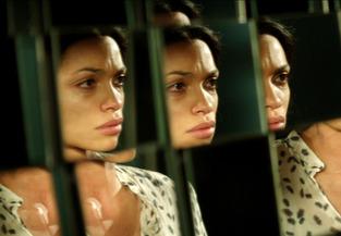 Rosario Dawson in Trance